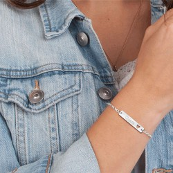 Bracelet with name and heart